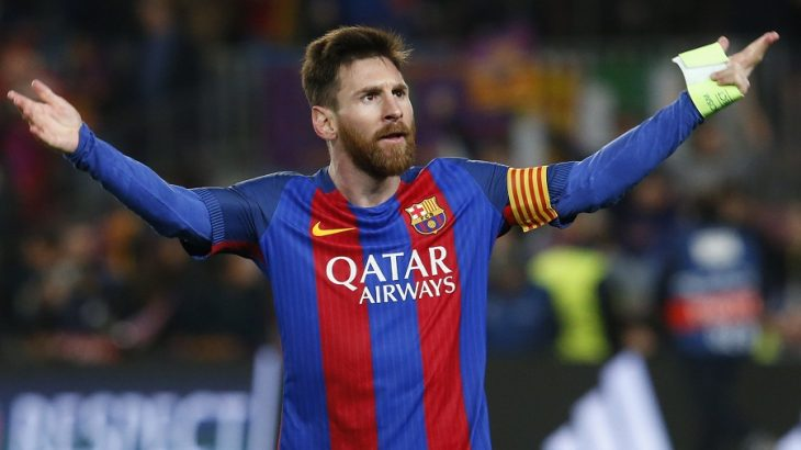 Barcelona's Argentinian forward Lionel Messi celebrates at the end of the UEFA Champions League round of 16 second leg football match FC Barcelona vs Paris Saint-Germain FC at the Camp Nou stadium in Barcelona on March 8, 2017. / AFP PHOTO / PAU BARRENA